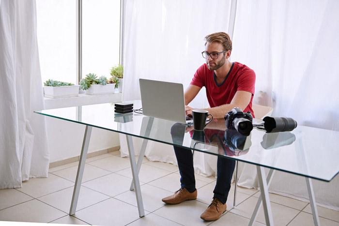 میز-شیشه-ای-glass