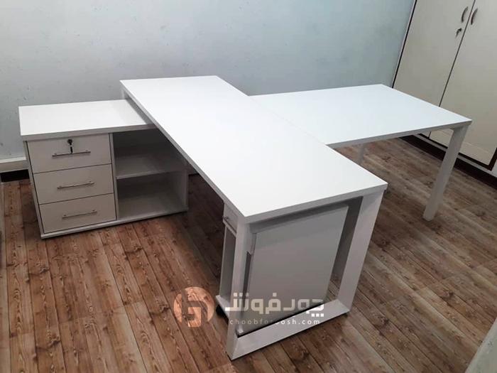 میز-مدیرتی-به-همراه-ال-و-کنفرانس