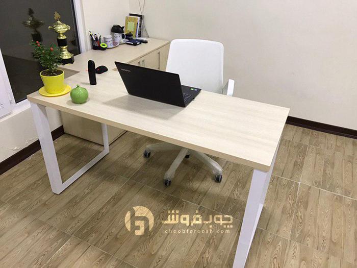 میز-کارشناسی-مدرن-و-ال-کنار