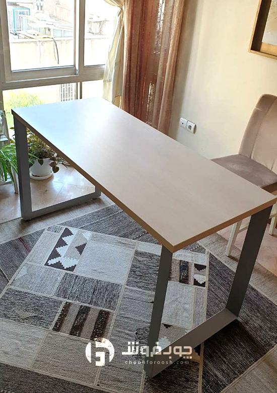 میز-مدرن-ساده-و-زیبا