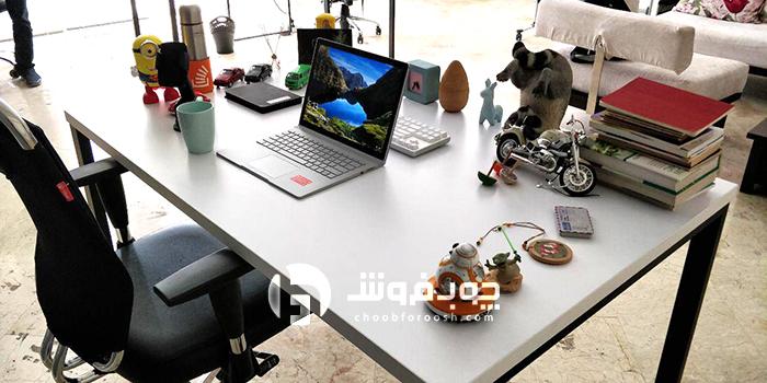 میز-پایه-فلزی-خاص-و-فانتزی