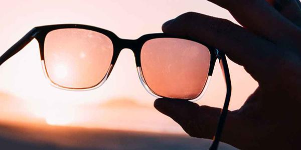 استفاده-از-عینک-برای-محافظت-از-چشم