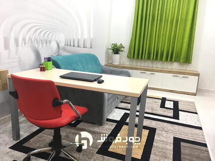 میز-فلزی-با-دکوراسیون-خاص-زیبا